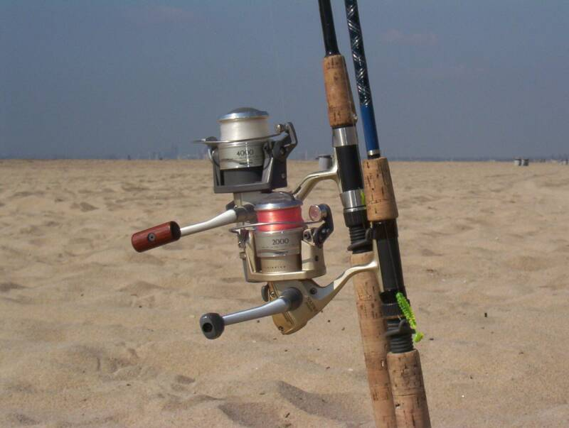 Gear california surf fishing a light for Surf fishing tackle